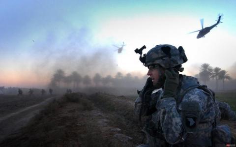 Брюс Фейн: США пора выйти из НАТО