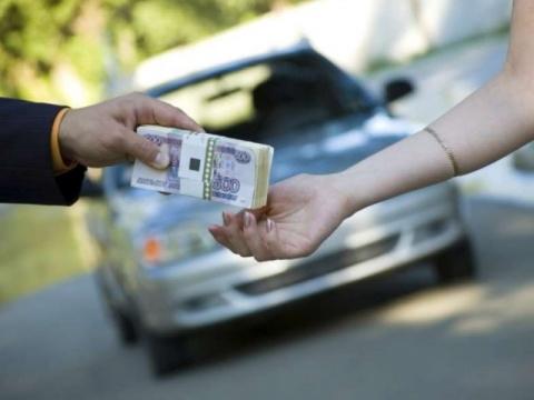 Россиянам могут запретить продавать автомобили