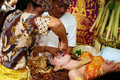Странные традиции со всего мира