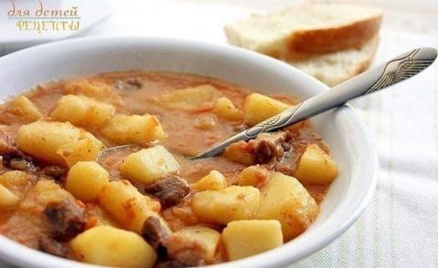 Картошечка, тушенная с мясом