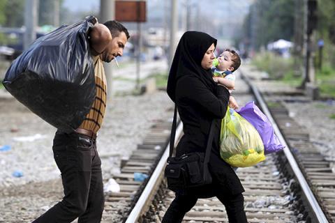 Почему беженцы убегают из Ла…