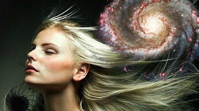 Луна и стрижка волос