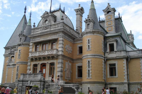 «Замок Шарля Перро» у нас в Крыму?