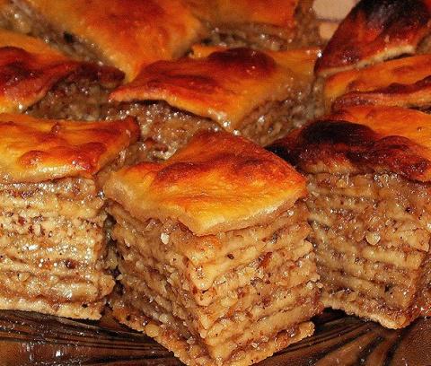 Рецепты полезных сладостей: постная пахлава без сахара