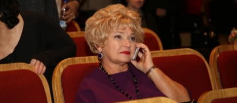 Матвиенко отругала маму Собч…