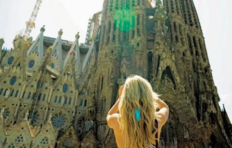 Испанский туризм подвержен р…