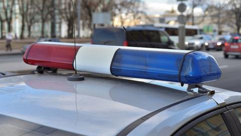 Автомобиль столкнулся с патрульной машиной в Москве, есть пострадавшие