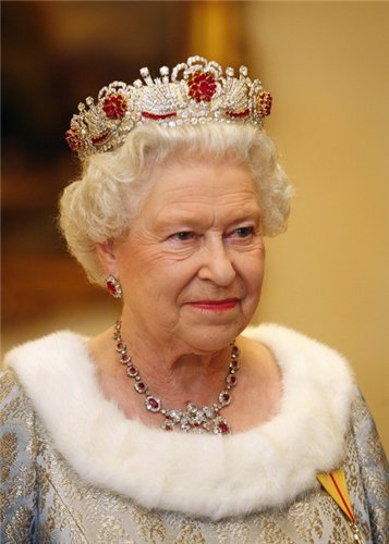 Сайт королевской семьи дал сообщение о смерти Елизаветы II. Что случилось?