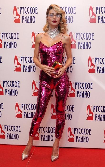 «Золотой граммофон — 2016»: абсурдные наряды церемонии от российских звёзд