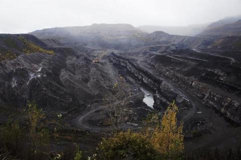 Уголь. Огонь и вода