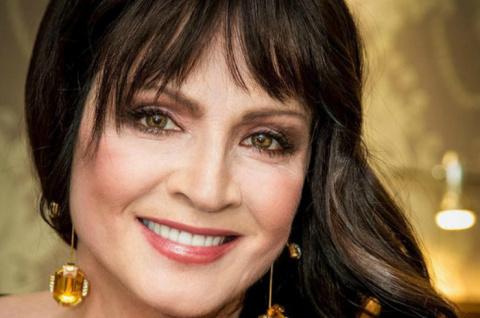 София Ротару упала во время концерта в Киеве