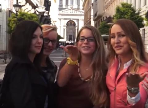 Красавицы со всего мира объясняют за что им нравится Путин