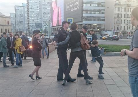 В центре Москвы полицейские …