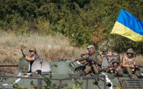 Украинская группировка в Донбассе второй день подряд несет серьезные потери
