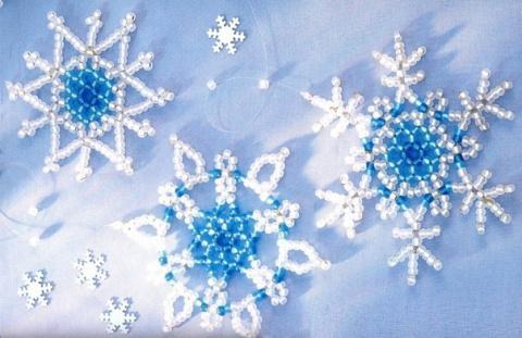 Новогодние снежинки из бисера - схемы