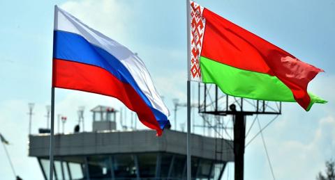 Минск рискует потерять финансовую поддержку Москвы. А заменить нечем