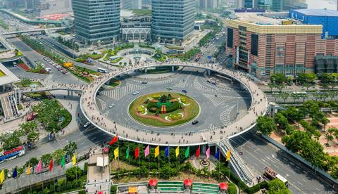 ФОТОТУР. Необычный пешеходный переход в Шанхае