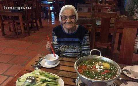 Соцсети ошарашила 89-летняя …