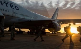 США специальным рейсом ввезл…