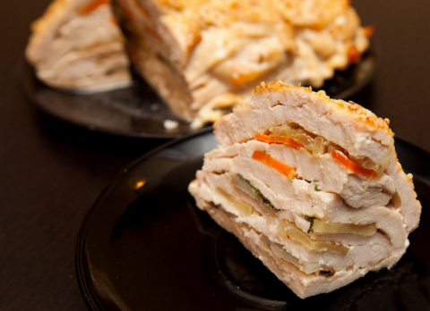 «Удиви соседку»: сочнейшее блюдо из куриного филе, готовится практически само!