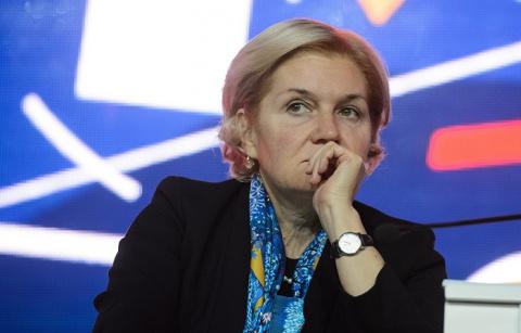 Голодец попросила Путина повысить МРОТ