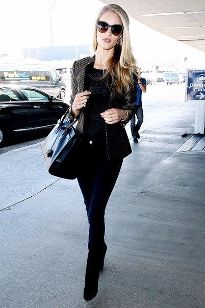 Черный цвет в стиле Rosie Huntington.