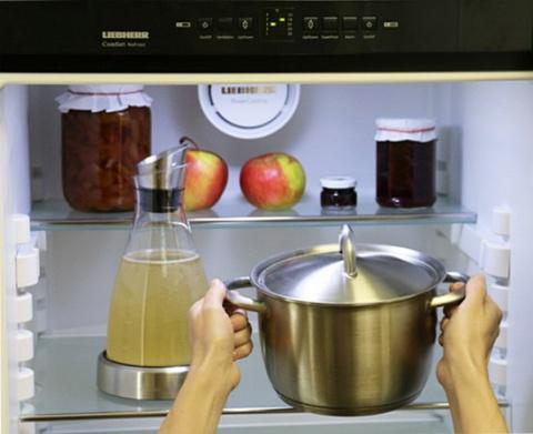 Говорила вам мама не ставить горячее в холодильник? И она была… неправа!
