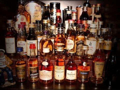 У пассажиров самолетов будут отбирать алкоголь из duty free