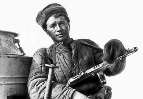 Кружевные труселя в обмен на ватник и... Россию. Юлия Витязева