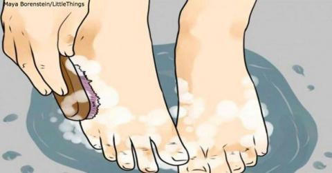 Опустите ноги в яблочный уксус — и болезни уйдут