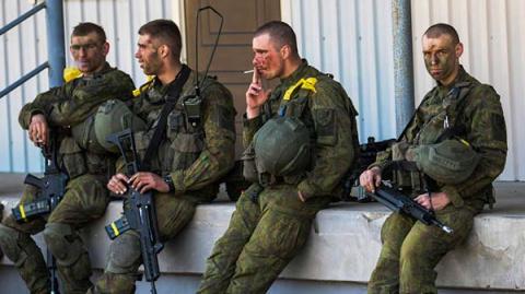 Пьяные немецкие солдаты разгромили бар в Литве
