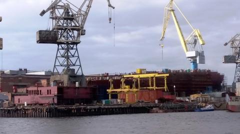 Атомный ледокол «Сибирь» проекта 22220 в постройке