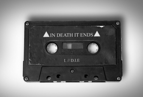 Шум времени: In Death It Ends