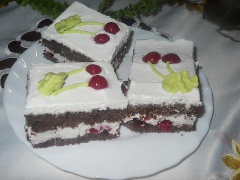 Фото приготовления рецепта: Шварцвальдские пирожные - шаг №18