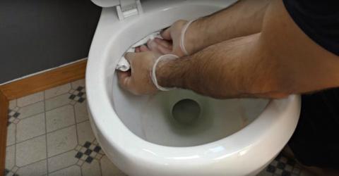 Как убирать в туалете быстро. Действенные способы