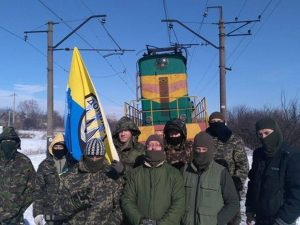 Радикалы объявили, что блокада ЛДНР продлится до выполнения их требований