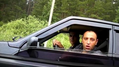 Не называйте дорожное хамье агрессивными водителями!