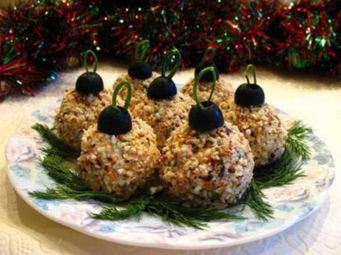 """Елочные шары - вкусная новогодняя закуска! Новогодние пирожные """"Шишки"""""""