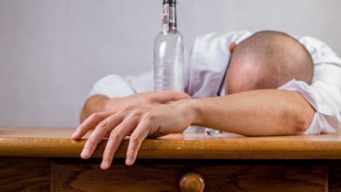 Как избавиться от алкогольно…