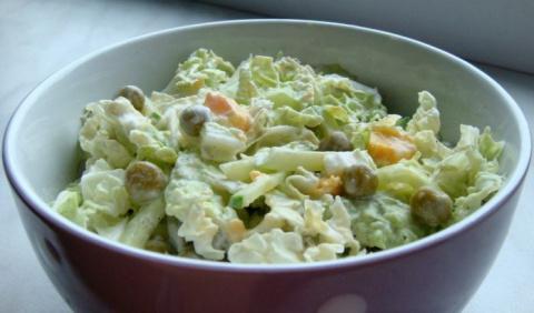 Салат с пекинской капустой, …