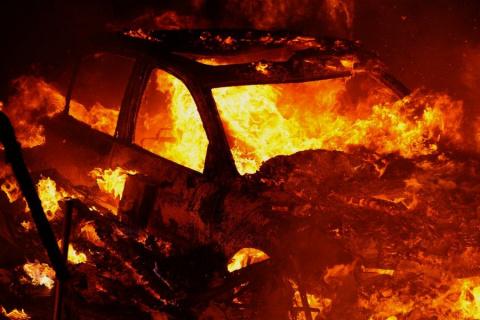 ПодОдессой сожгли машину бо…