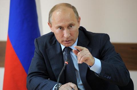 Путин нашел виноватых в отст…