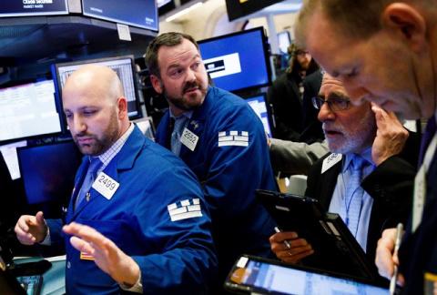 """""""На грани хаоса"""": акции США сравнили с биткоином"""