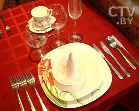Этикет за столом: кушаем по правилам