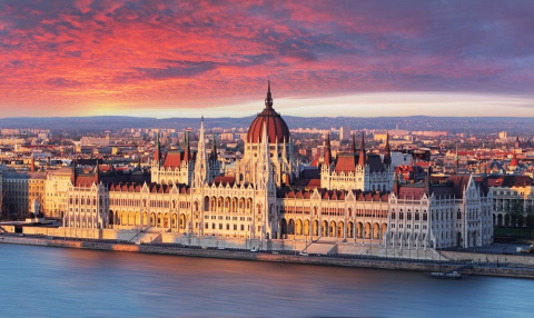 Венгрия обещает и дальше сры…