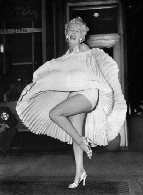 «Летящее» платье Мэрилин Мон…