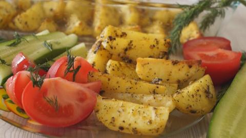 Картофель запеченный в духовке. Очень Вкусный Картофельный Гарнир!