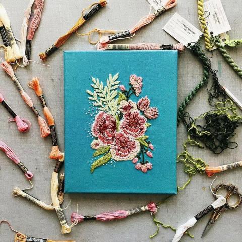 Цветочный яркий рай — радующая глаз вышивка Walker Boyes