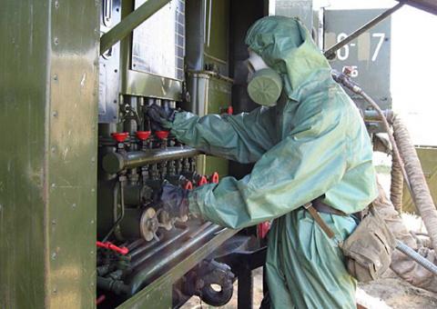 Военные химики ЗВО завершили апробацию станций специальной обработки в Курской области