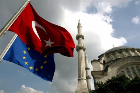 """""""Мы ее теряем"""" - генсека Совета Европы встревожило отдаление Турции от Евросоюза"""